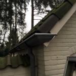Nieuw geplaatste dakgoot